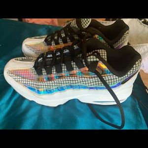 AirMax 95 holographic
